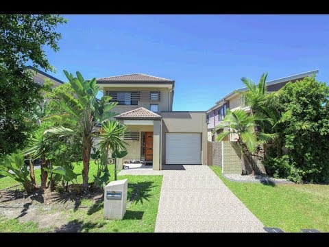 4 Bedroom House for Sale Pacific Pines Qld, Ph 0468 420 470 for Your Real Estate Video