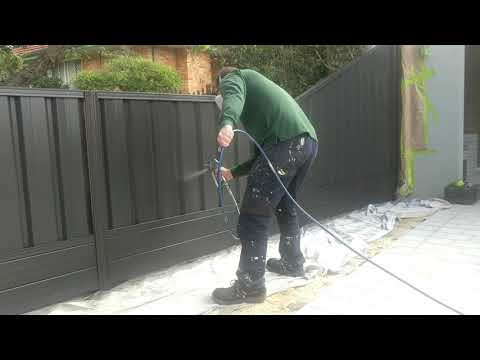 Colorbond Fence Painting – The Incredible Transformation by Fence Makeovers